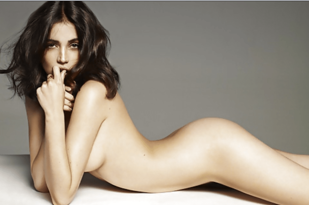 Ana de Armas naked pics