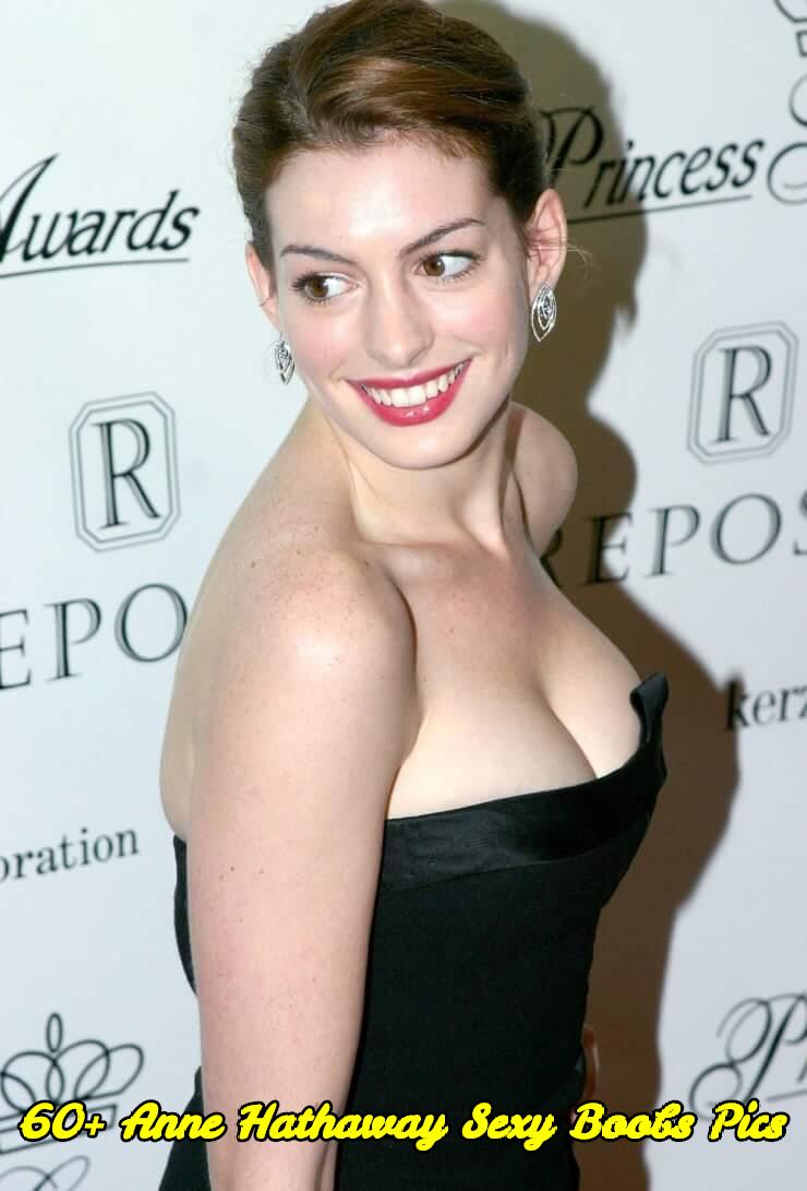Anne Hathaway sexy boobs pics
