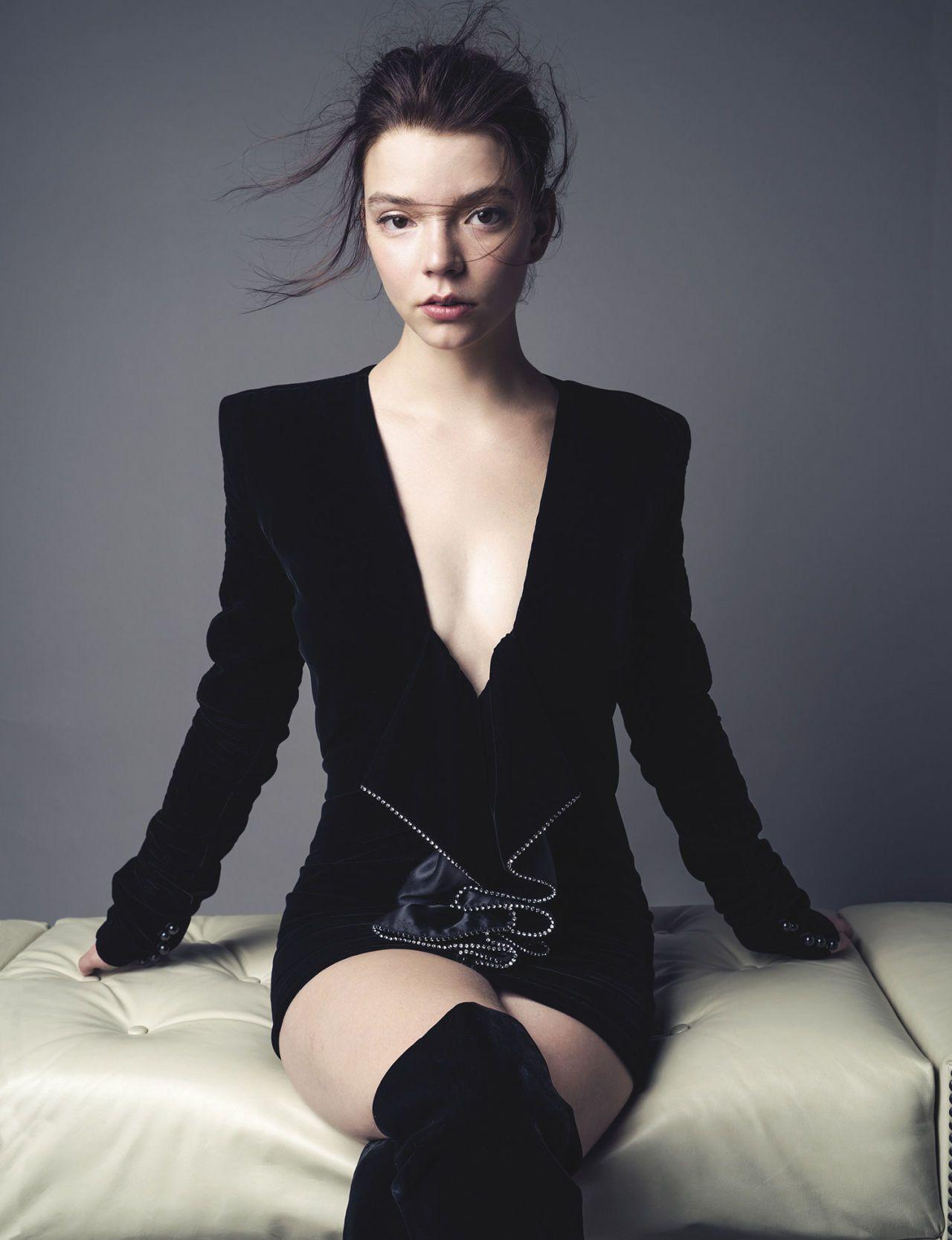 Anya Taylor-Joy sexy lingerie pics