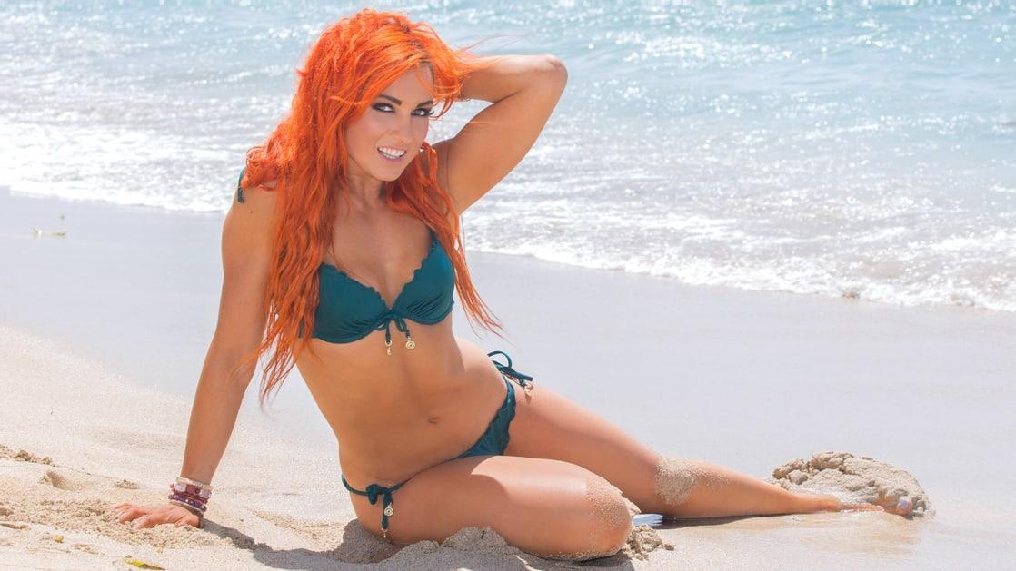 Becky Lynch sexy pic
