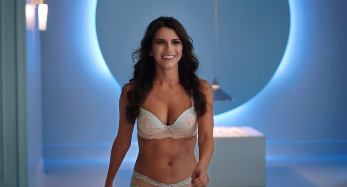 Bianca Haase sexy bikini pics