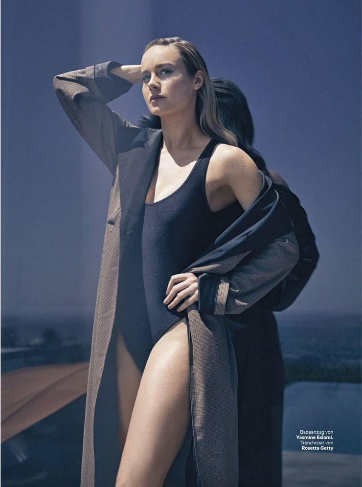 Brie Larson sexy photo