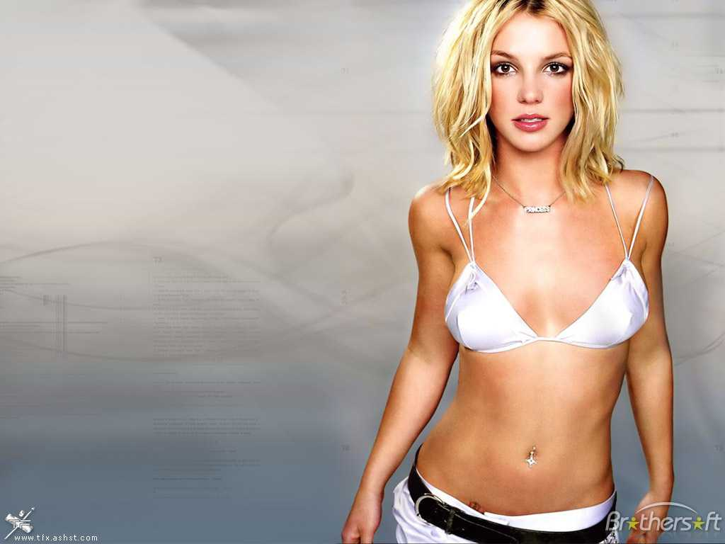 Britney Spears sexy tits pics