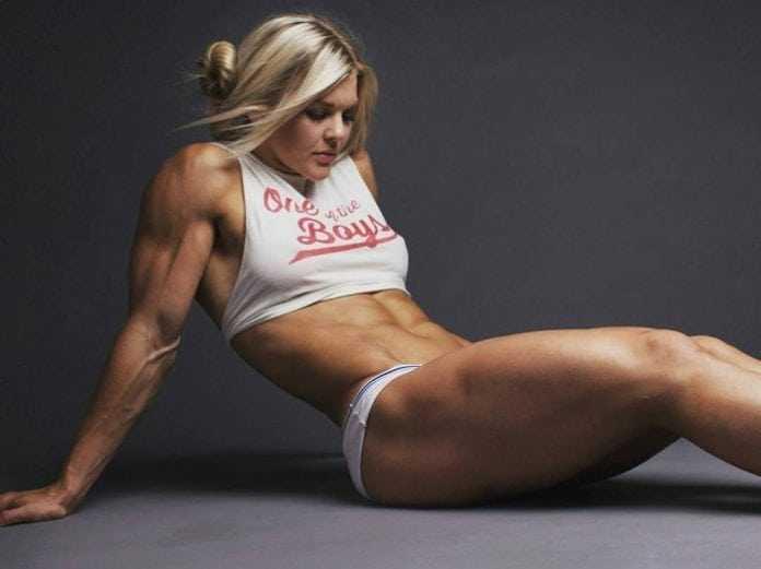Brooke Ence big thigh pics