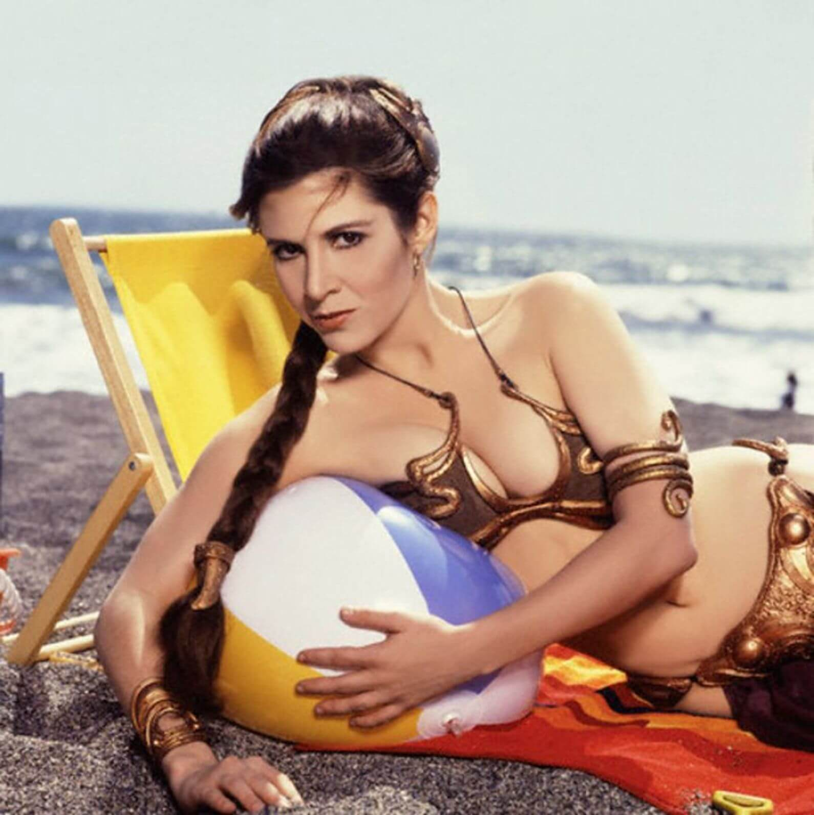 Carrie Fisher sexy look pics