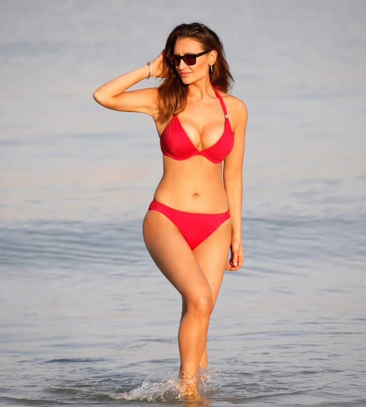 Catherine Tyldesley sexy bikini pic