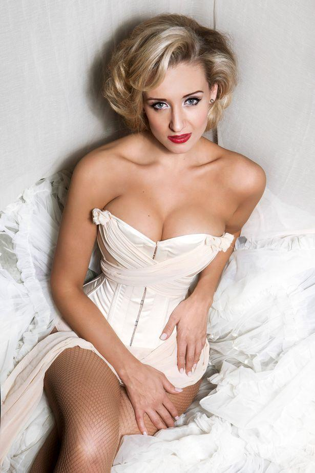 Catherine Tyldesley sexy cleavage pic