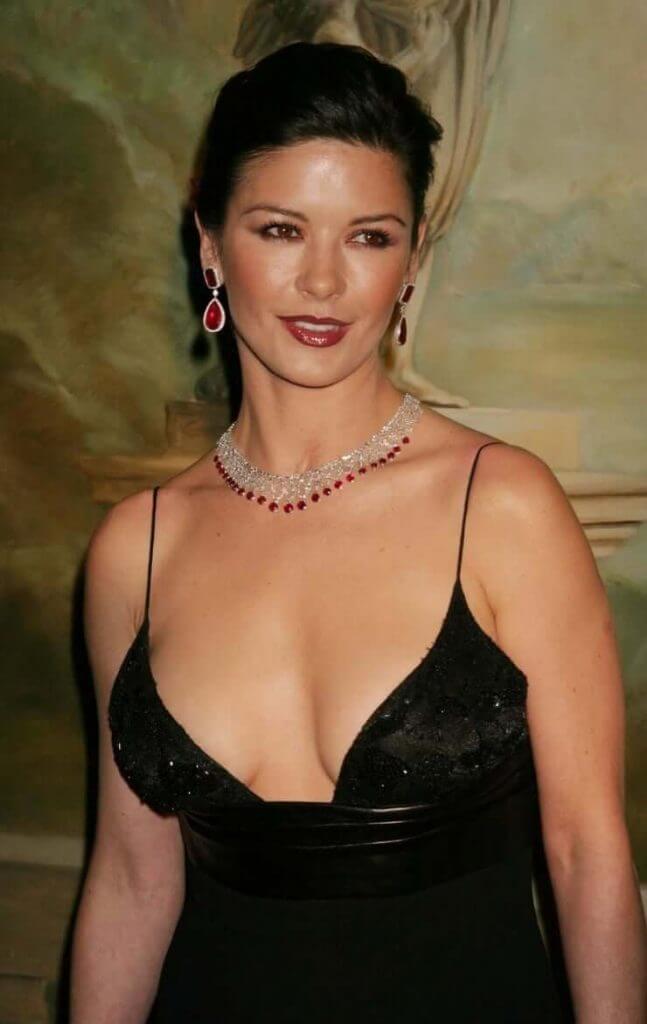 Catherine Zeta-Jones big boobs pics