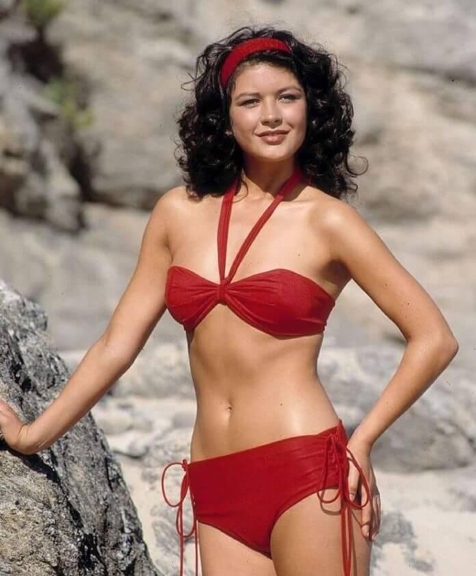 Catherine Zeta-Jones bikini pics
