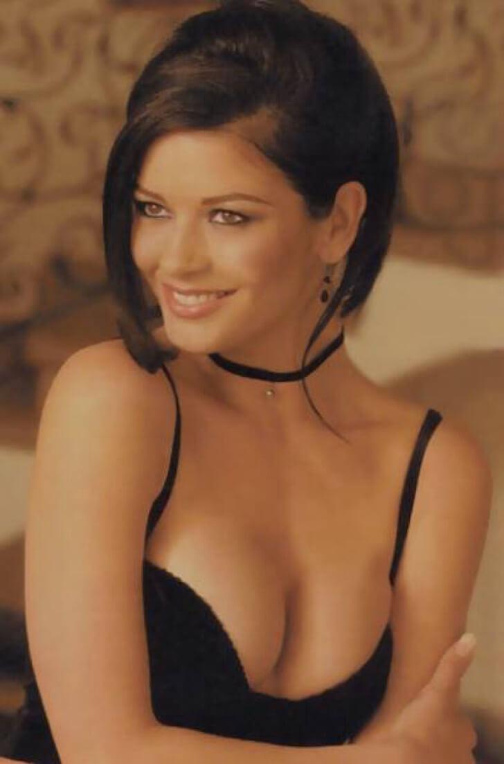 Catherine Zeta-Jones hot pictures