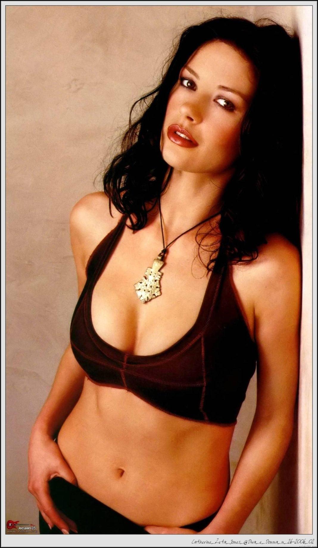 Catherine Zeta-Jones sexy cleavage pics