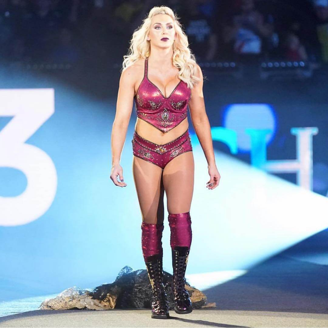 Charlotte Flair sexy look pics