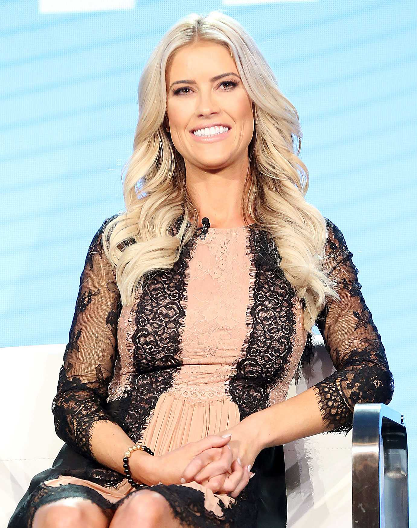 Christina Anstead hot pictures