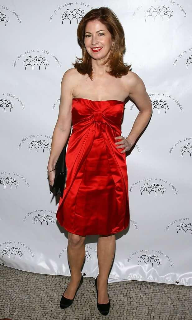 Dana Delany sexy red dress pics