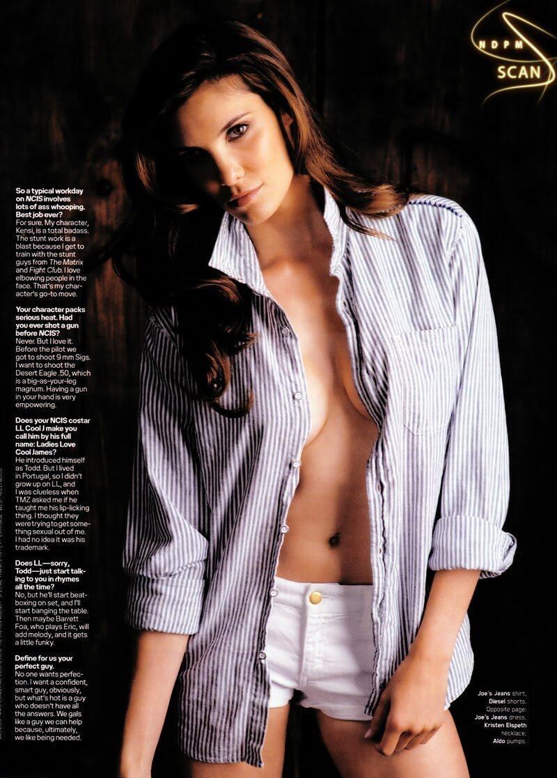 Daniela Ruah sexy side boobs pics