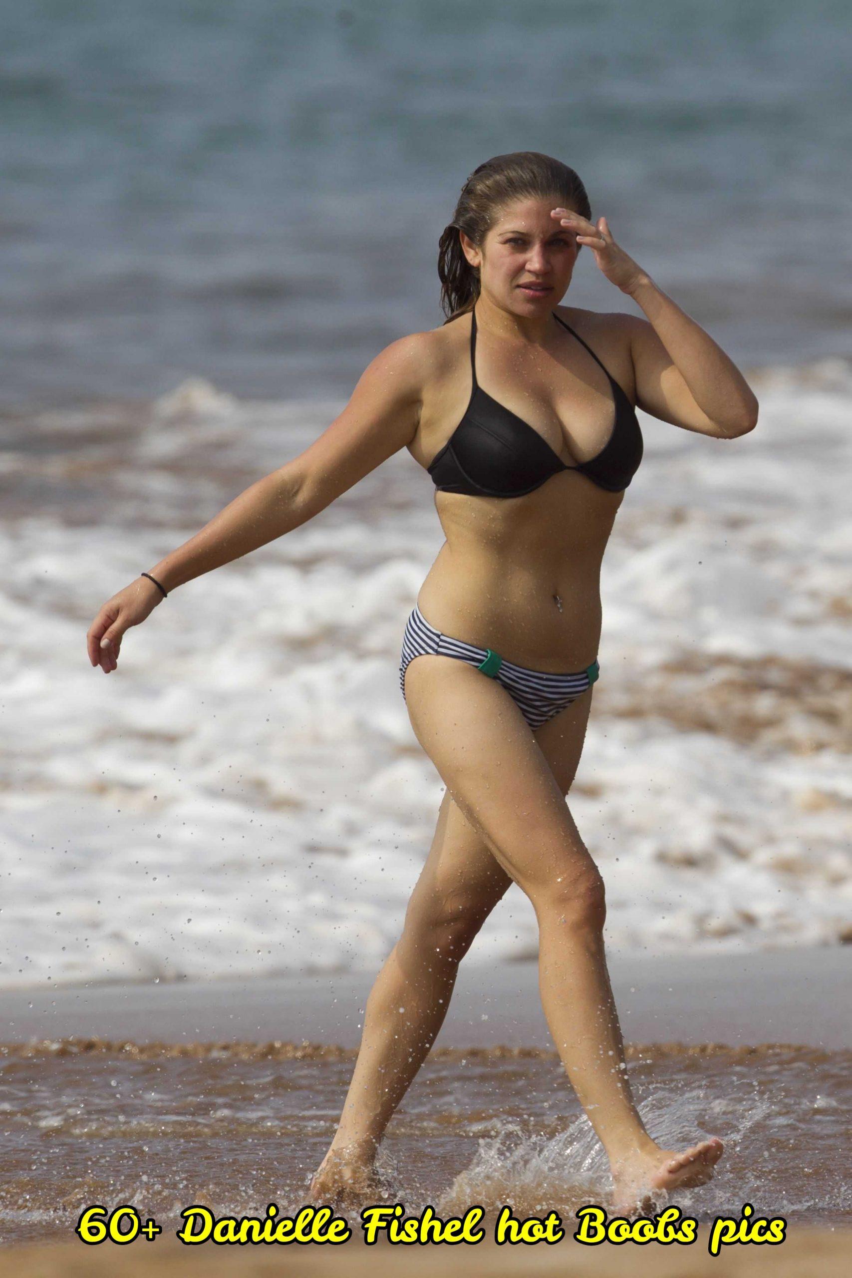 Naked Danielle Fischel Nude Tits Scenes