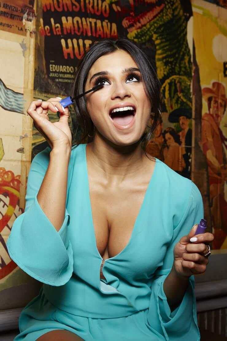 Diane Guerrero hot cleavage pic