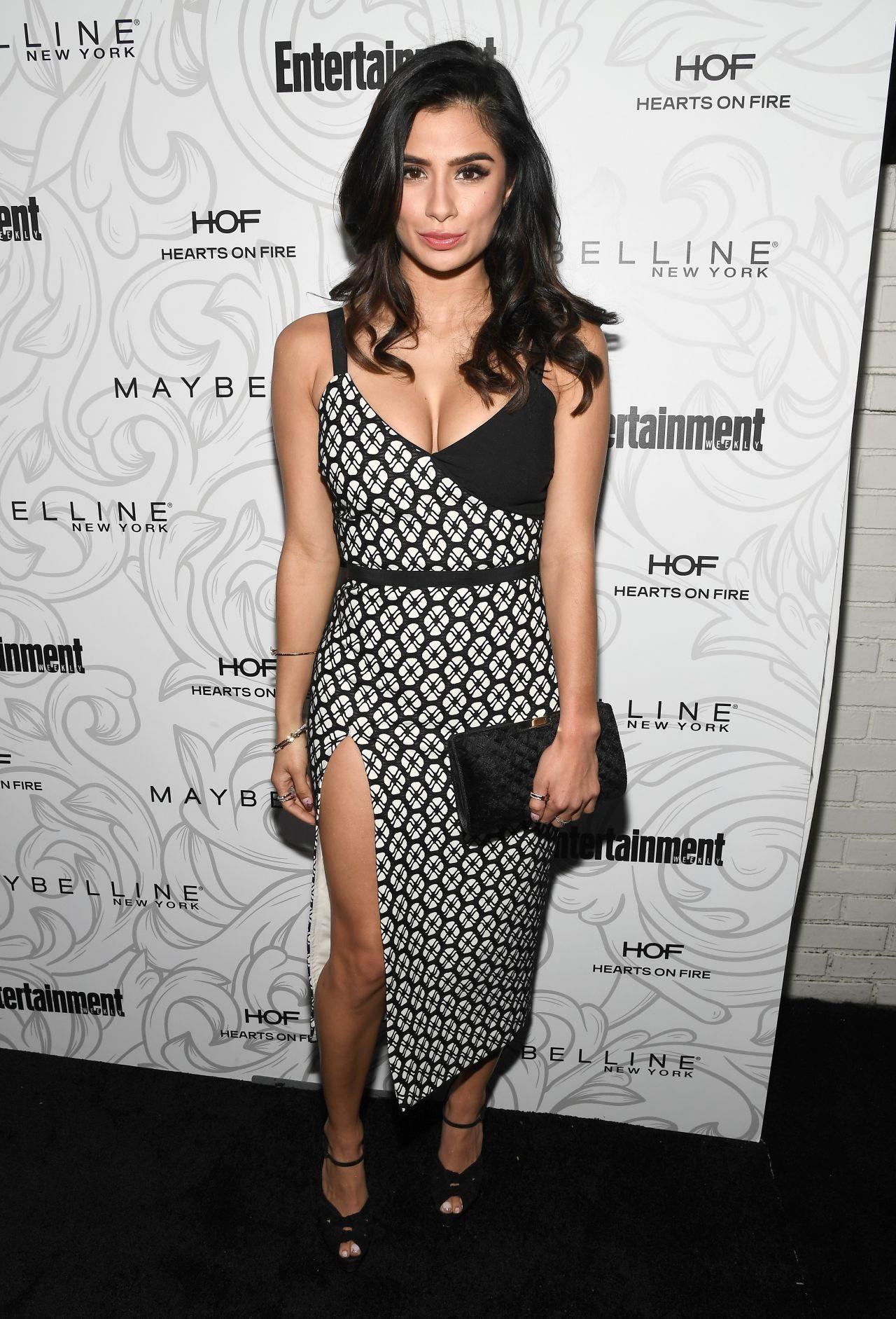 Diane Guerrero hot look pic