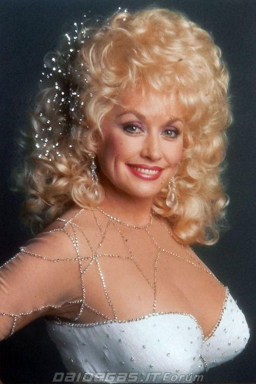 Dolly Parton hot pic
