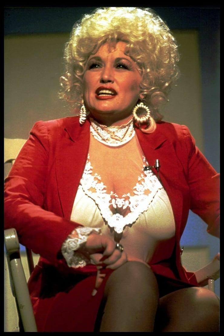 Dolly Parton sexy photo