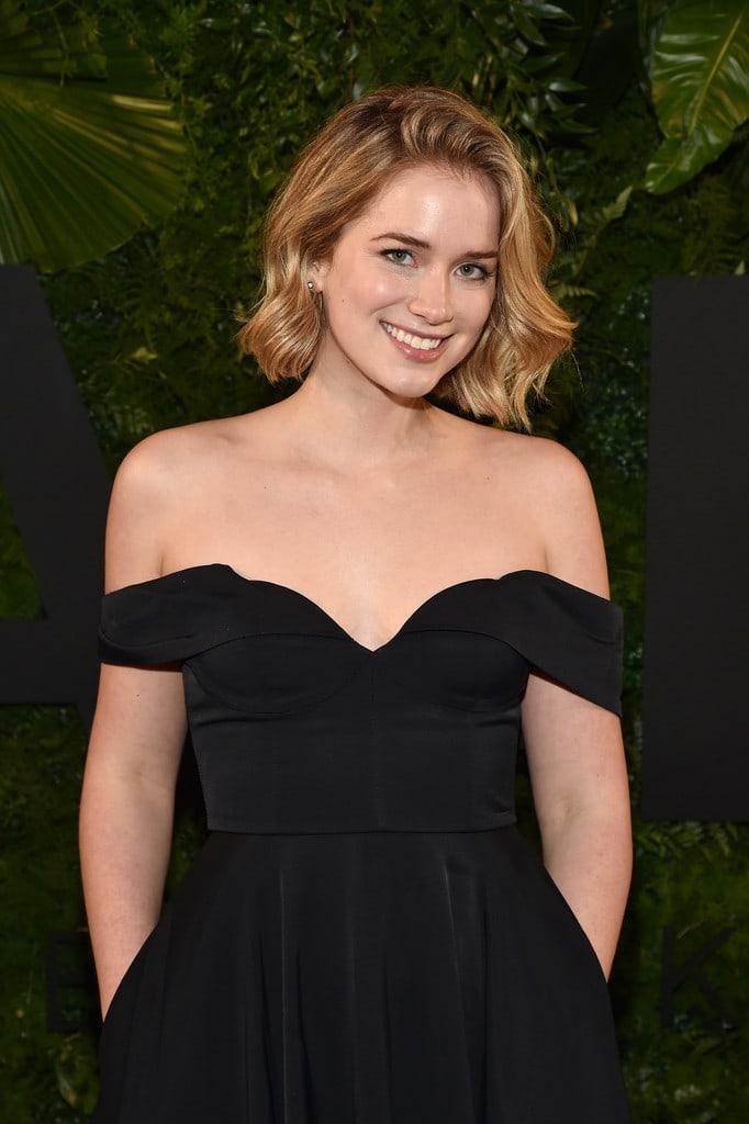 Elizabeth Lail sexy look pic