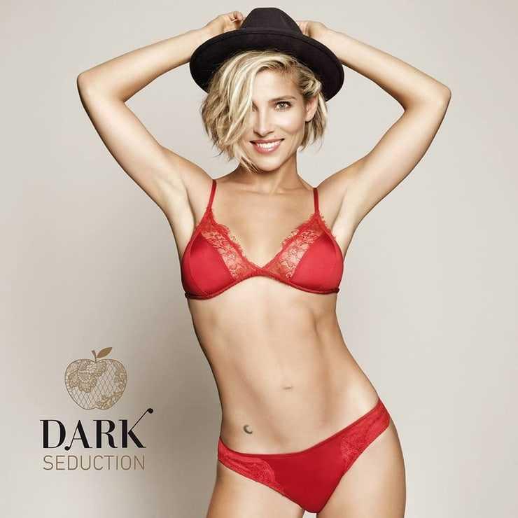 Elsa Pataky sexy red bikini pics
