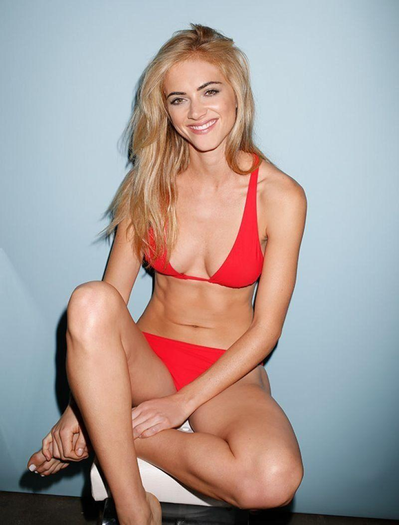 Emily Wickersham sexy