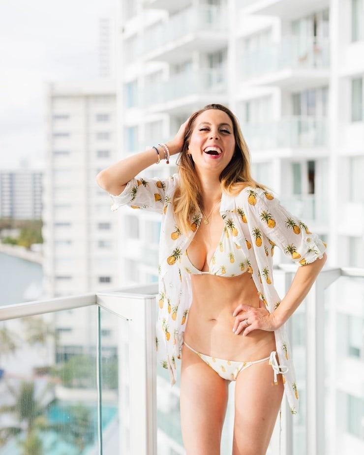 Eva Amurri Martino hot pictures