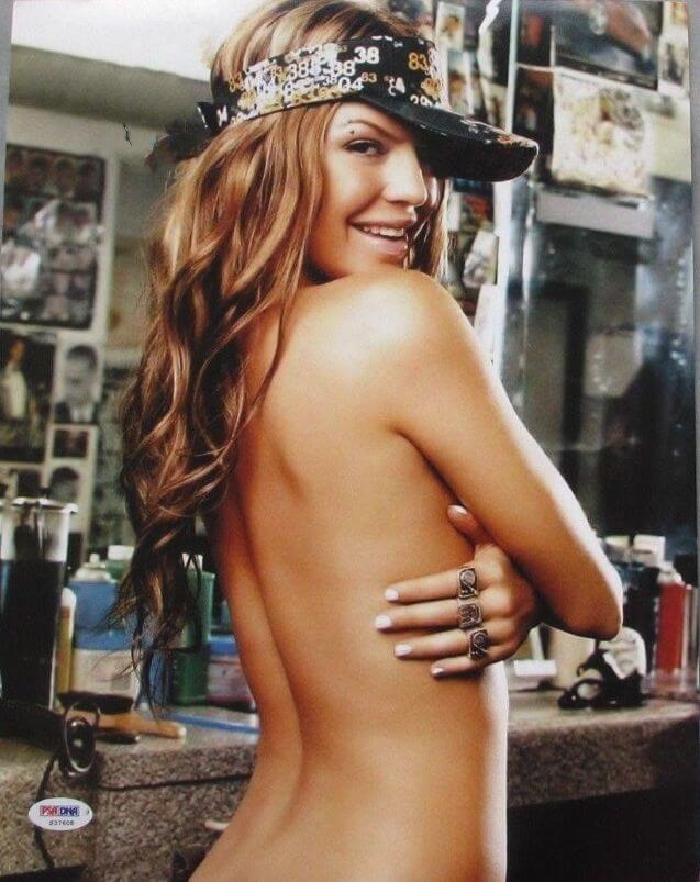 Fergie near nude pics