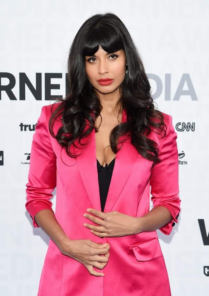 Jameela Jamil amazing boobs pics