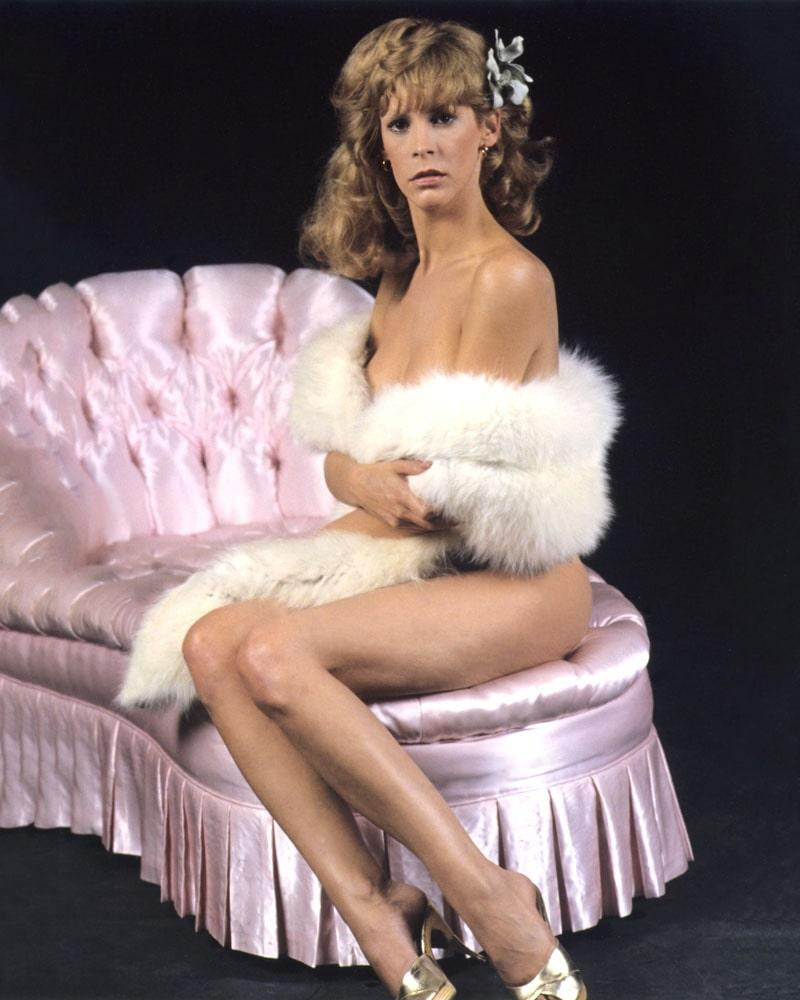 Jamie Lee Curtis sexy near nude pic