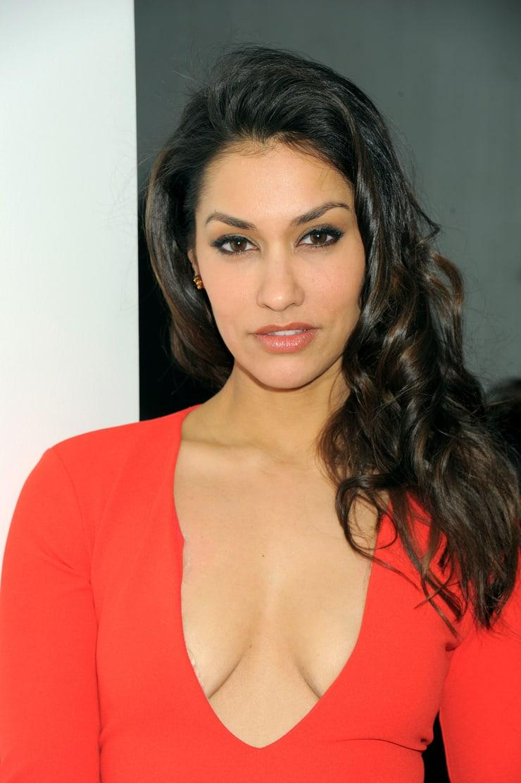 Janina Gavankar sexy tits pics (2)