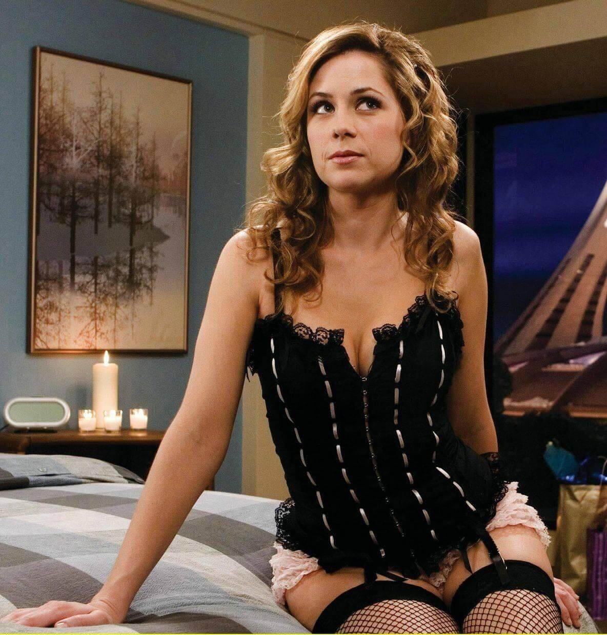 Jenna Fischer hot