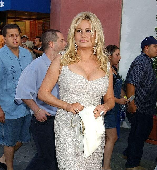 Jennifer Coolidge amazing pics