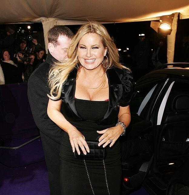 Jennifer Coolidge big boobs pics