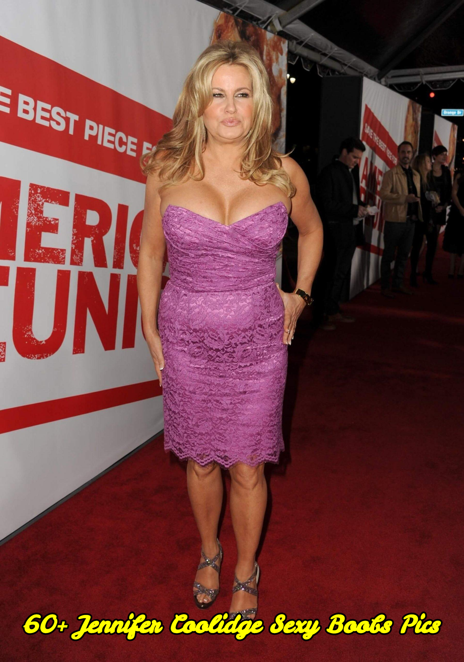 Jennifer Coolidge sexy boobs pics