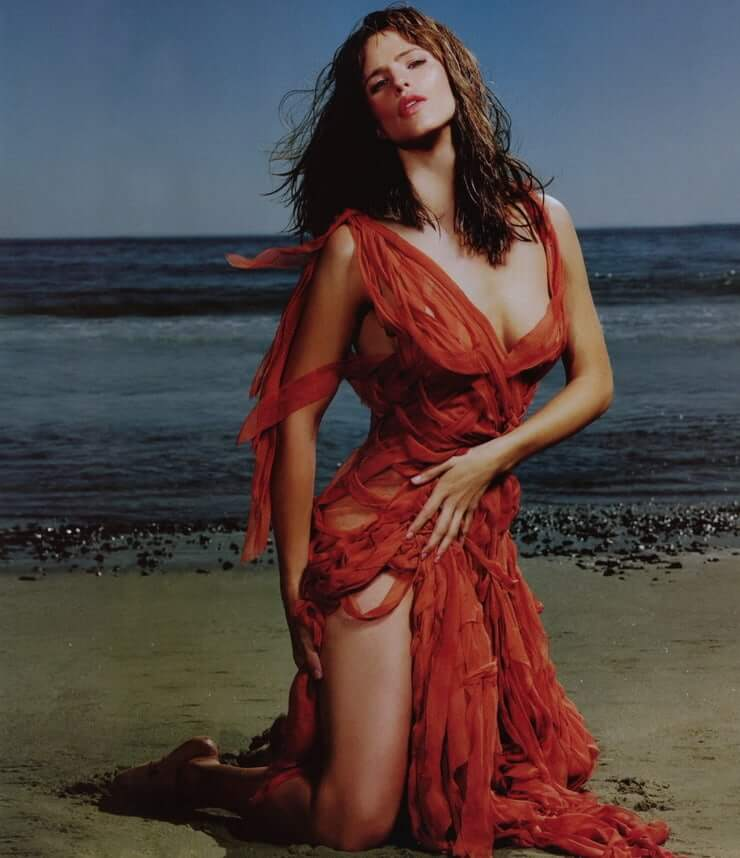 Jennifer Garner busty pics