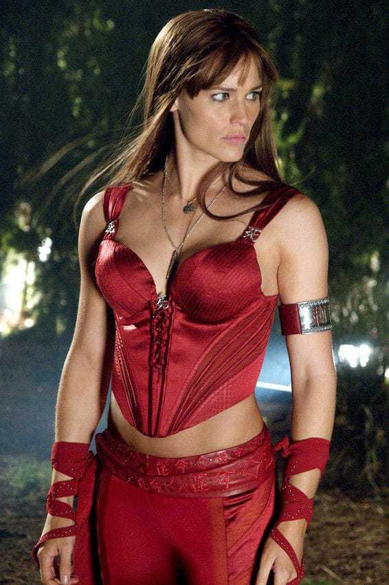 Jennifer Garner sexy cleavage pics