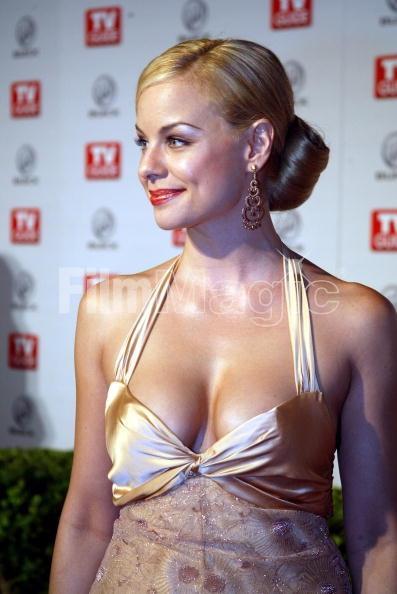 Jessica Collins sexy cleavage pics