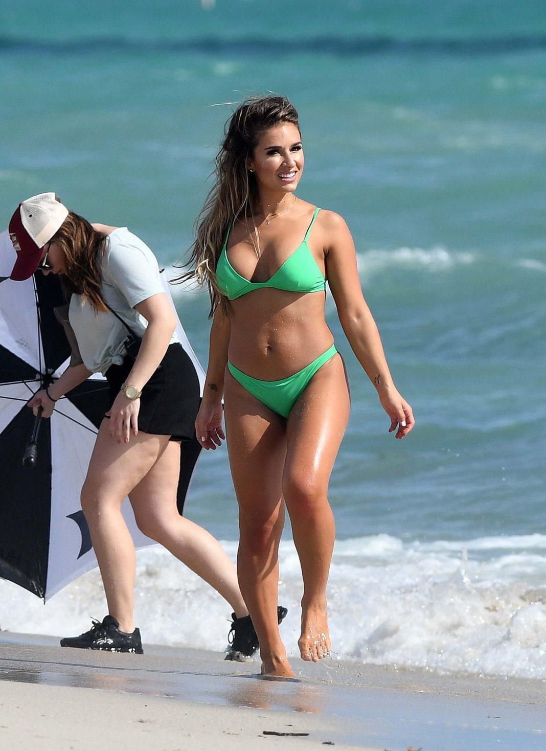 Jessie James Decker bikini pics