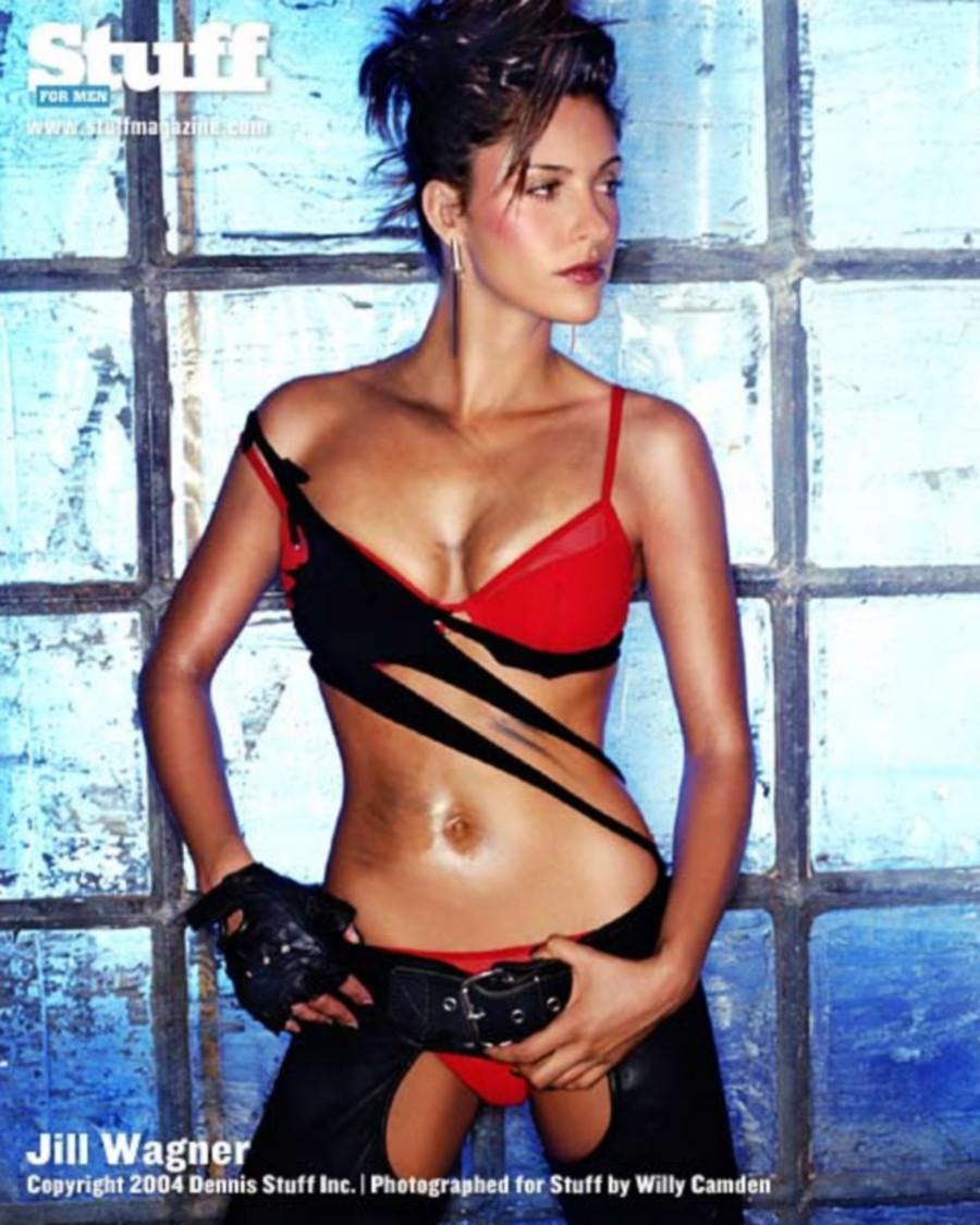 Jill Wagner sexy tits pics (2)