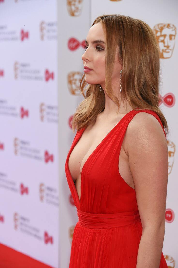 Jodie Comer hot side boobs pics