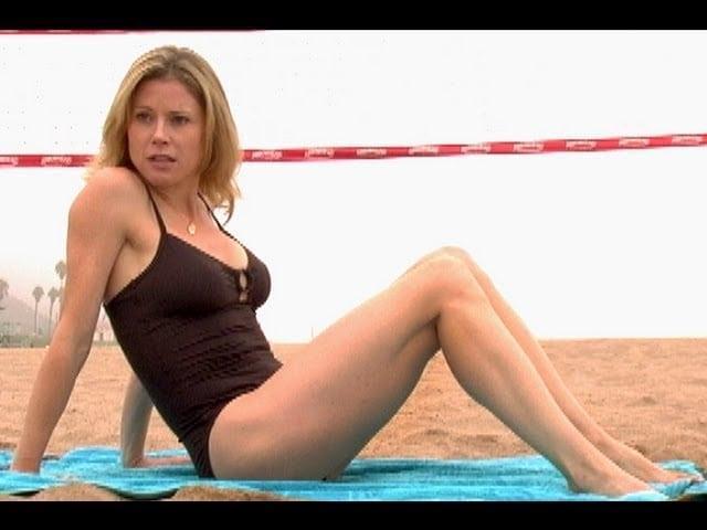 Julie Bowen hot lingerie pics (2)