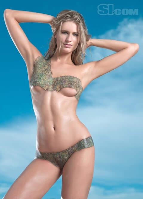 Julie Henderson sexy tits pics