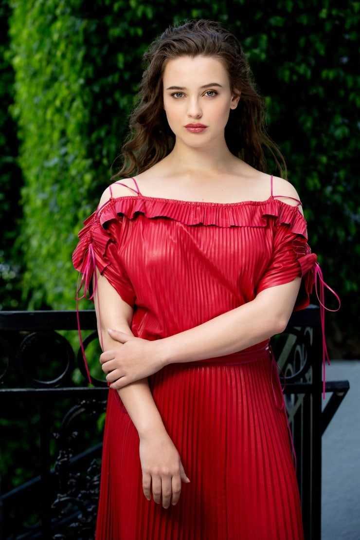 Katherine Langford sexy red dress pics