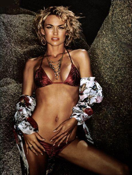Kelly Carlson hot bikini pic