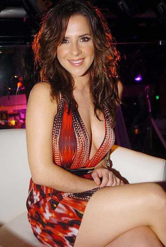 Kelly Monaco sexy pics