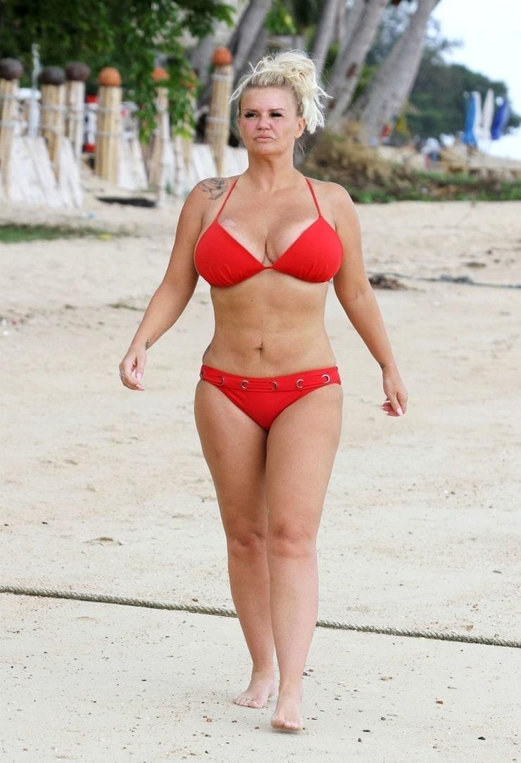 Kerry Katona sexy bikini pic
