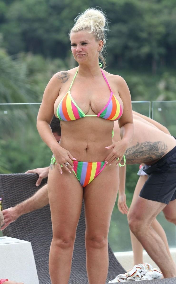 Kerry Katona sexy pic