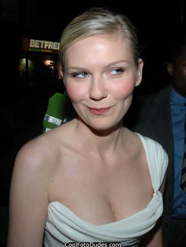 61 Hottest Kirsten Dunst Boobs Pictures Spectacularly ...